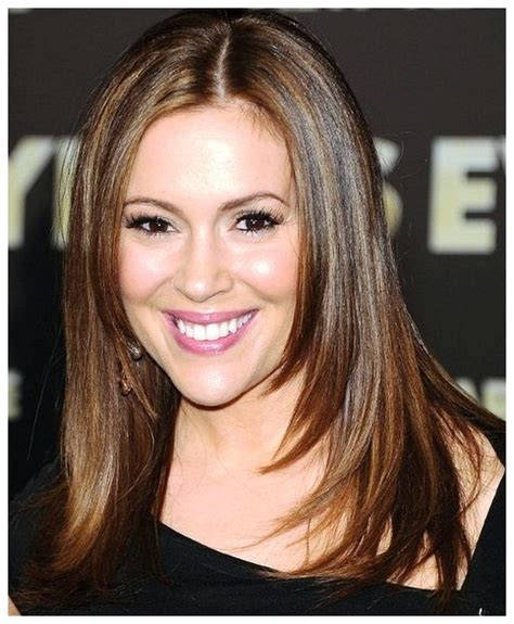 Chic Hairstyles for Women to Look Younger   HairzStyle.Com