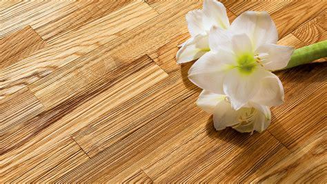 Holzboden Von Hand Polieren by Oberfl 228 Chenbehandlung Von Parkett Casando Ratgeber