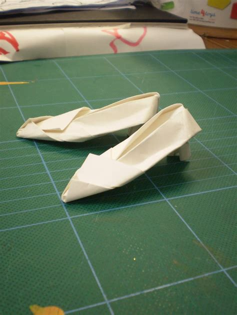 How To Make A Paper High Heel Shoe - 17 best images about origami shoes on origami