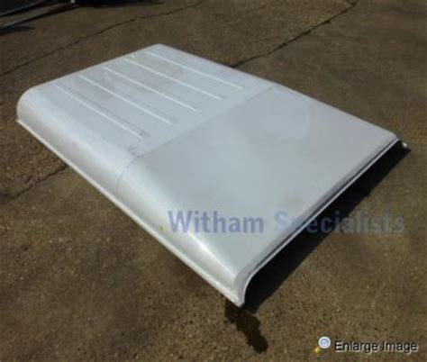 land rover panels land rover defender 90 roof panel new stock 66050
