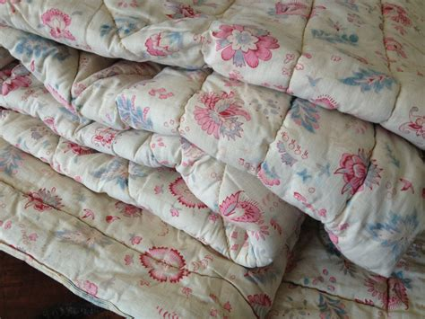 Cotton Filled Quilt by Antique Quilt Floral Cotton Wool Filled Blanket Blue