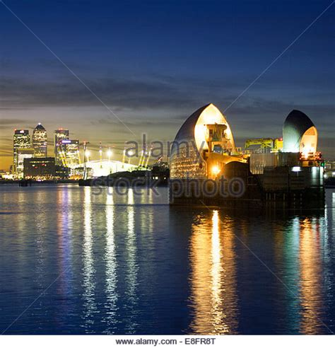 thames barrier reef barrier stock photos barrier stock images alamy