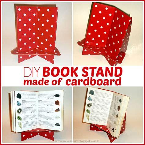 diy book stand   cardboard buchstaender home helpers diy pinterest toys spell