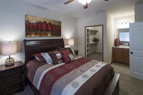 bennington place apartments rentals wichita ks