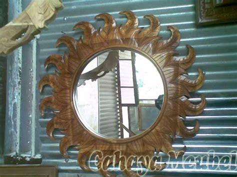 Cermin Frame Kayu pigura matahari kayu jati pigura kaca cantik cahaya