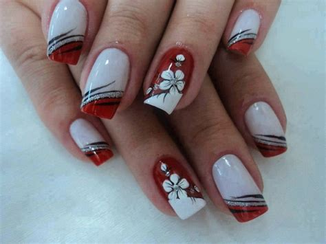 imagenes uñas decoradas pinceladas u 241 as decoradas con flores en pinceladas para los pies