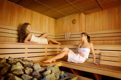 Does A Sauna Help Detox by Watchfit Does Using A Sauna Benefit Your Health