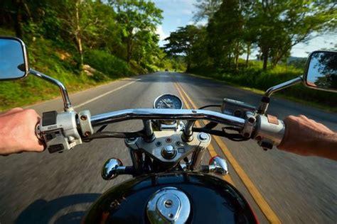 Reifen Motorrad Kaufen by 4 Tipps Rund Ums Motorradreifen Kaufen Und Fahrspa 223 Mit