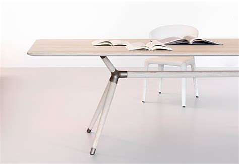 X2 Table by X2 Table By Zoom By Mobimex Stylepark