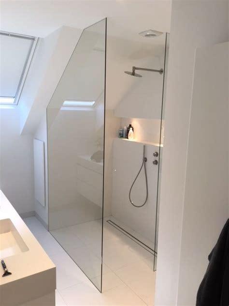 fliesen ein badezimmerwand die besten 25 duschwand glas ideen auf