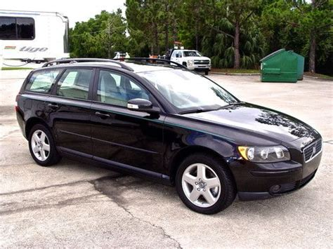 sell   volvo   awd sport wagon turbo  leather heated seats   orlando