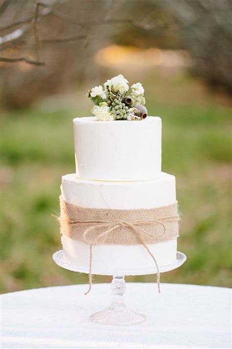 Vintage Wedding Cakes by Rustic Vintage Wedding Inspiration At Montrose Berry Farm