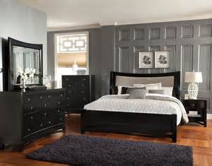 black sleigh bedroom set pieces included in this set
