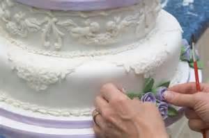 decorating wedding cakes cake decorating