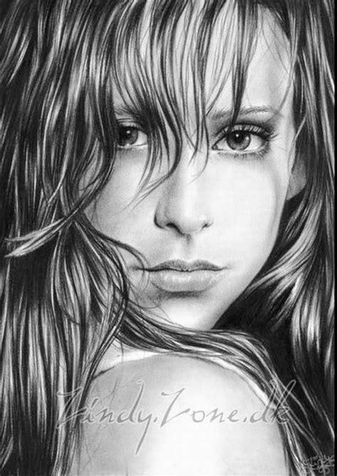 dibujos realistas rostros cuadros pinturas oleos dibujos de rostros femeninos