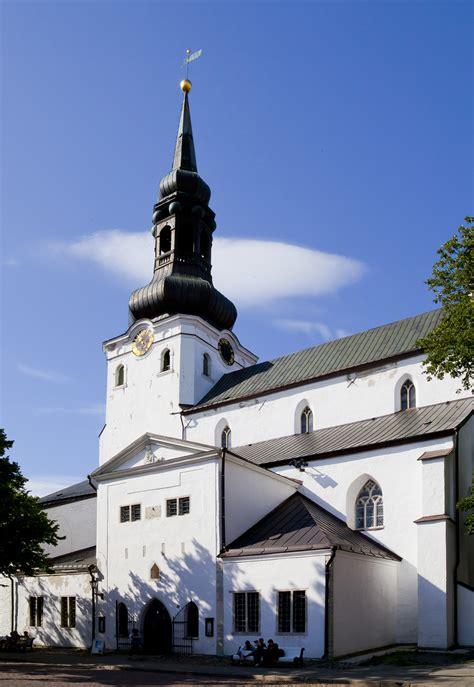 Exceptional Santa Maria Churches #2: Catedral_de_Santa_Mar%C3%ADa_%28Toomkirik%29%2C_Tallin%2C_Estonia%2C_2012-08-05%2C_DD_09.JPG