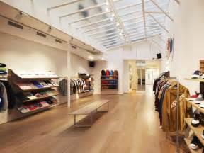 supreme europe store supreme store shopping in le marais
