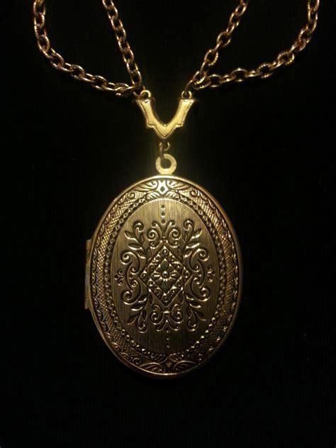 Rantai Kalung Silver Perhiasan by Gambar Rantai Perhiasan Kalung Emas Perak Medali