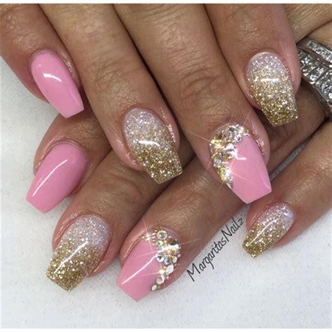 nägel mit blumen gold nail gallery