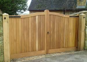 wooden gates driveway gates henley h2a bespoke