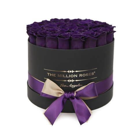 Box A Single Lavender Preserved Flower Represent Enchantment best 25 box roses ideas on