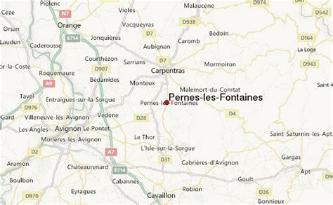 Pernes les Fontaines Stadsgids