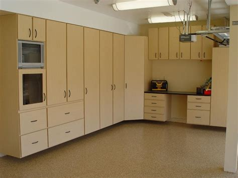 Spend Less On Custom White Kitchen Cabinets And Appliances Custom White Kitchen Cabinets