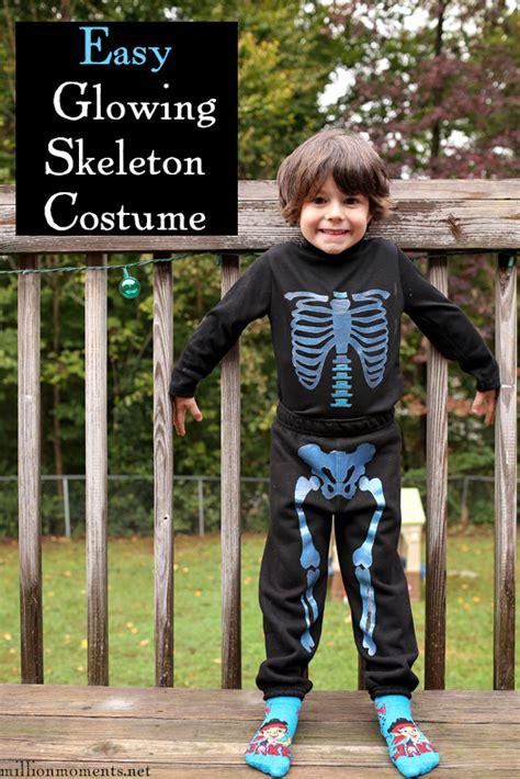 glowing   easy skeleton costume