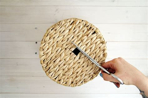 How To Make A Woven Basket Out Of Paper - diy woven basket lshade