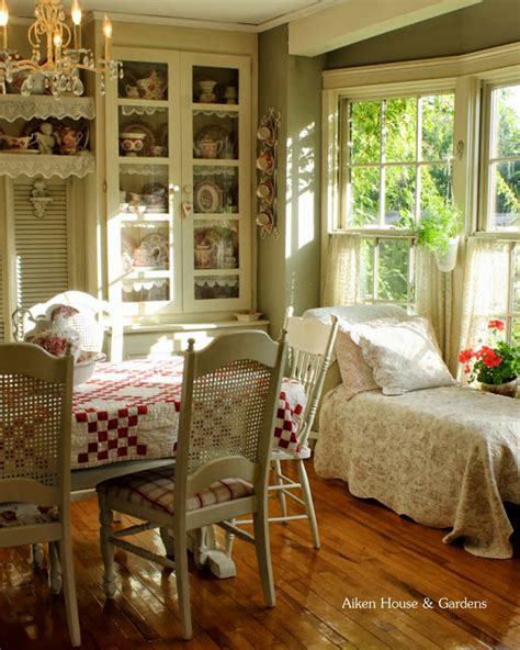 Beautiful Kitchen Curtains by Charming Romantic Home Aiken House And Gardens Town