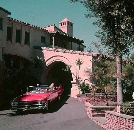 Jayne Mansfield Pink Palace | pink thing of the day jayne mansfield s pink palace the