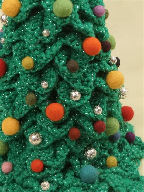 best freecrochets christmas crochet tree project free pattern and tutorial knot just yarn