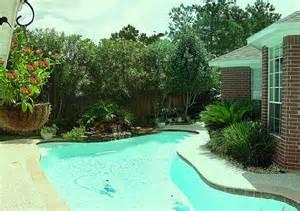backyard privacy landscaping backyard landscape designs creating a privacy