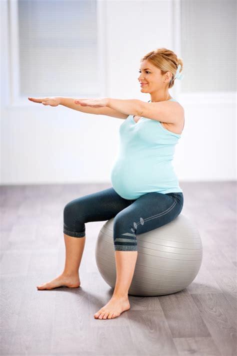 tutorial senam yoga pemula 8 gerakan senam ibu hamil untuk memperlancar persalinan