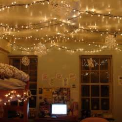 lights in bedroom ideas 25 best ideas about christmas lights bedroom on pinterest