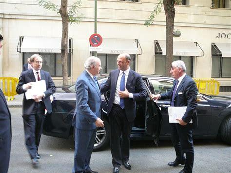alfano ministro dell interno visita ministro dell interno angelino alfano a madrid