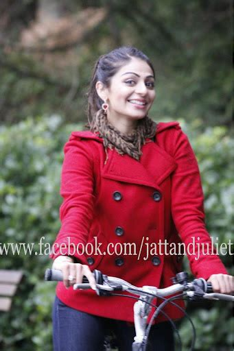heroine wala wallpaper hd hot wallpapers of neeru bajwa watch hd video songs