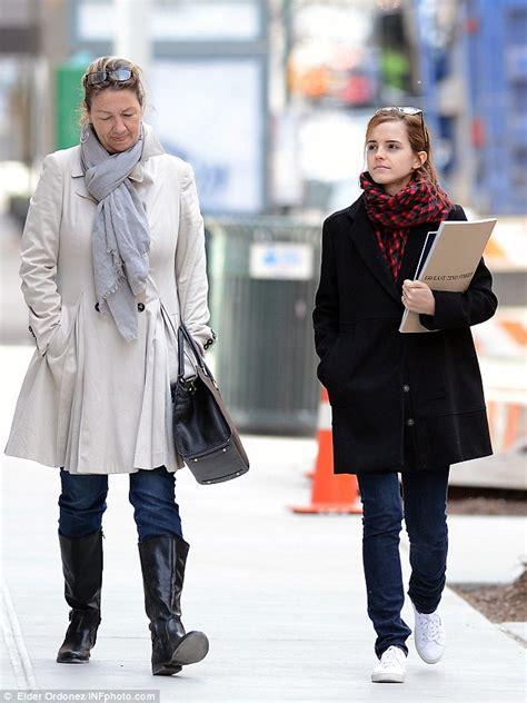 Emma Watson Uk Agent | emma watson shoe style cloggs