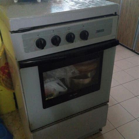dapur oven zanussi peralatan dapur di carousell