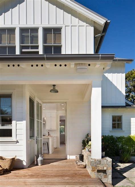 modern farmhouse outdoor lighting farmhouse porch porch farmhouse with outdoor lighting