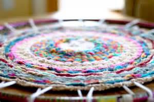 Diy Knit Rug Woven Finger Knitting Hula Hoop Rug Diy Flax Amp Twine