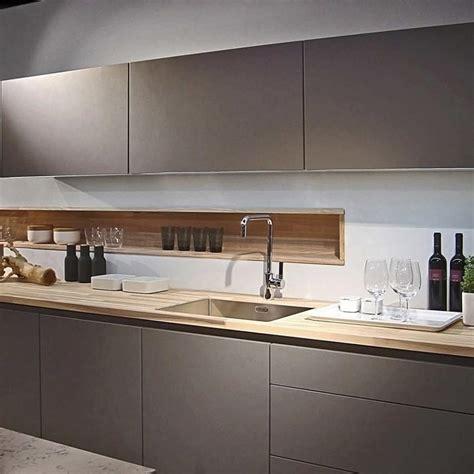 luxury kitchen designer poggenpohl  debuts  grey