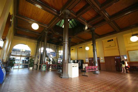 file ballarat railway station interior jpg wikimedia commons