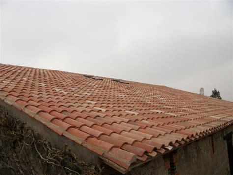 tuile brique couverture en tuiles et pose de briques et tuiles