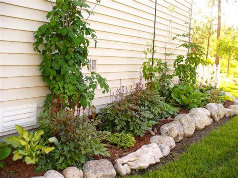 cheap flower bed ideas my cheap flowerbed theeasygarden com