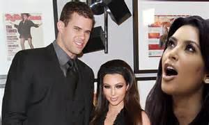 Kim kardashian sits courtside at boyfriend kris humphries basketball