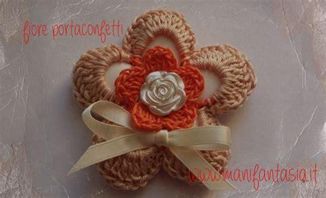 fiore uncinetto facile fiore portaconfetti uncinetto per bomboniere manifantasia