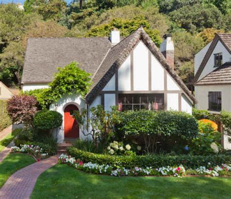 tudor cottage a sweet storybook tudor cottage in oakland hooked on houses