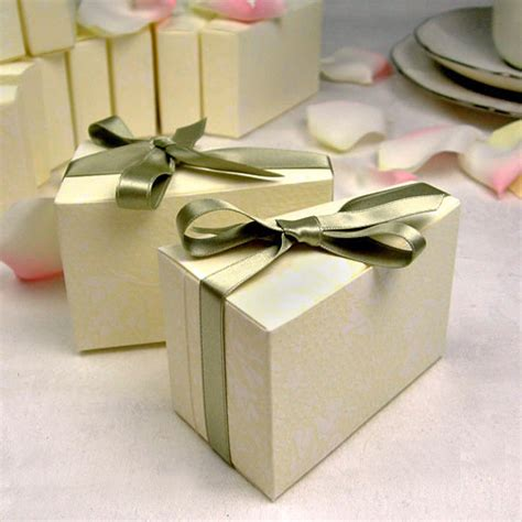 Wedding Favor Boxes by Ideas For Diy Wedding Favors Cherry