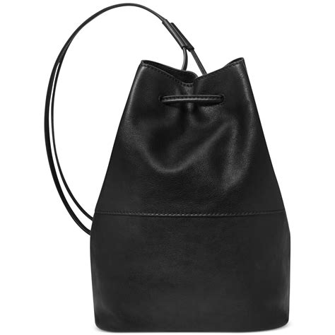 C772 Black Sling Bag lyst fossil vintage reissue leather sling bag in black